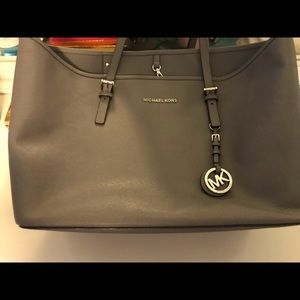 Michael Kors grey purse